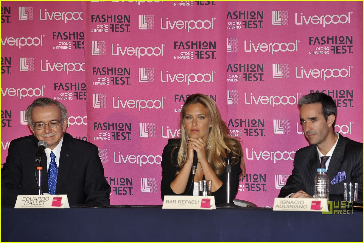 bar refaeli fashion fest phenom 23