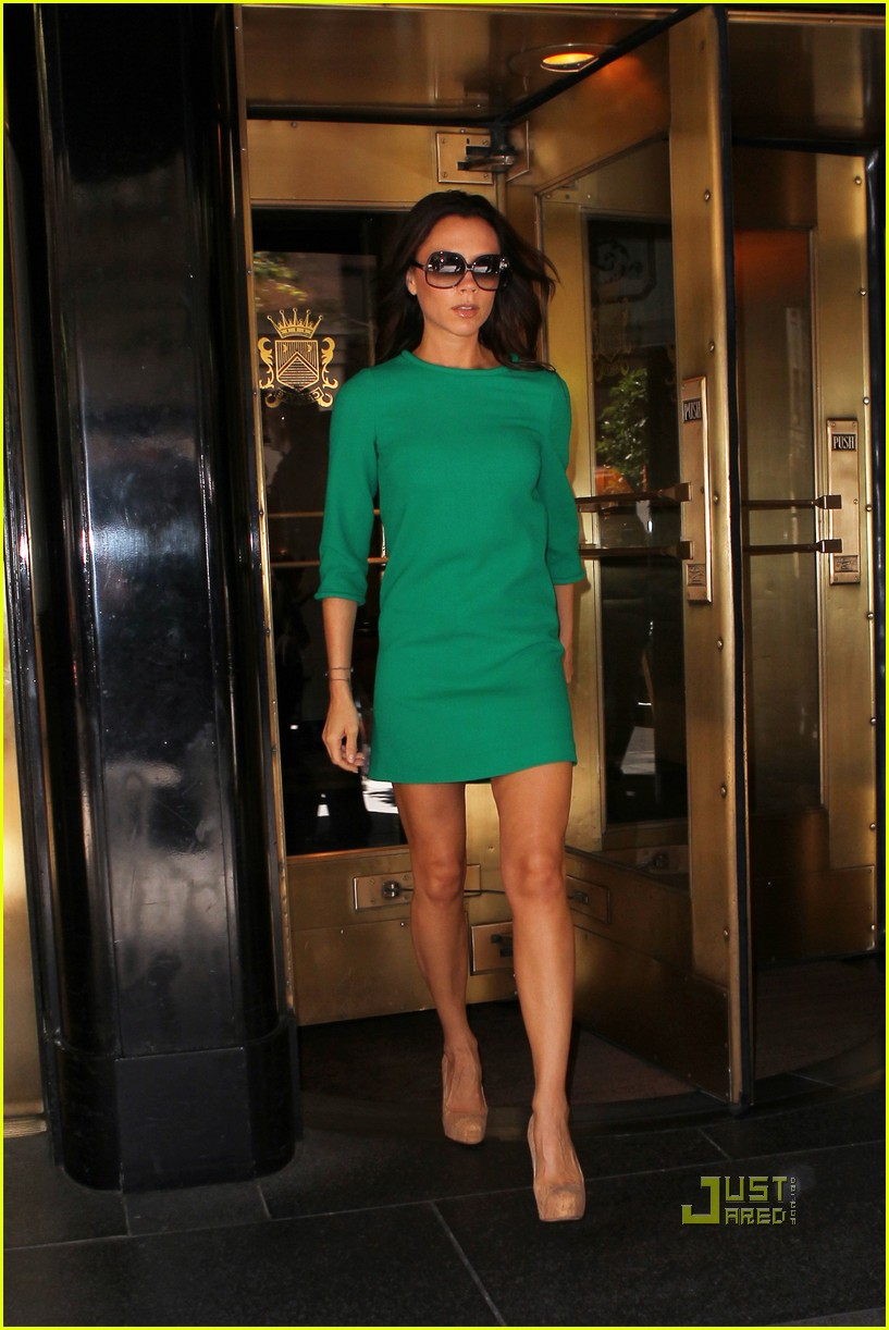 victoria beckham leaving hotel nyc 01