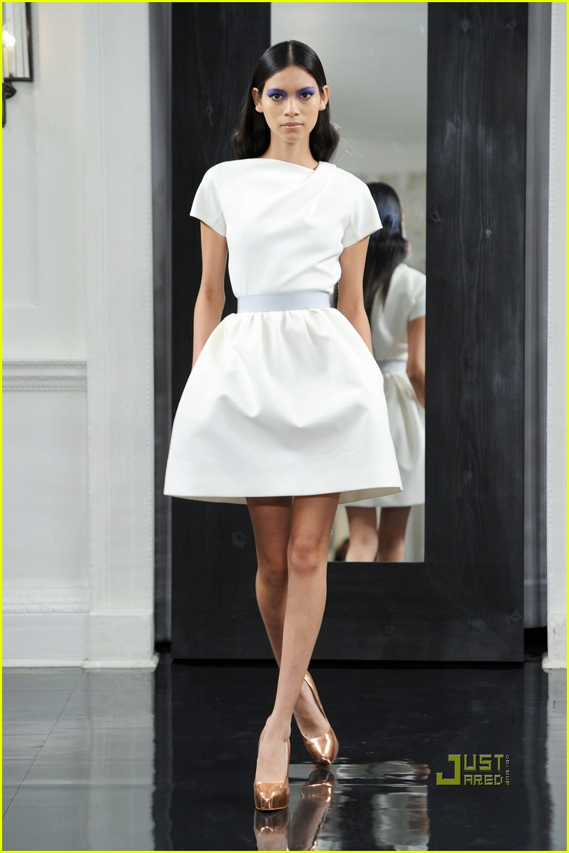 victoria beckham ny fashion week 10