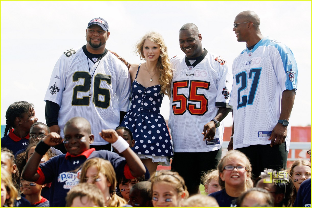 michelle obama play 60 new orleans taylor swift 04