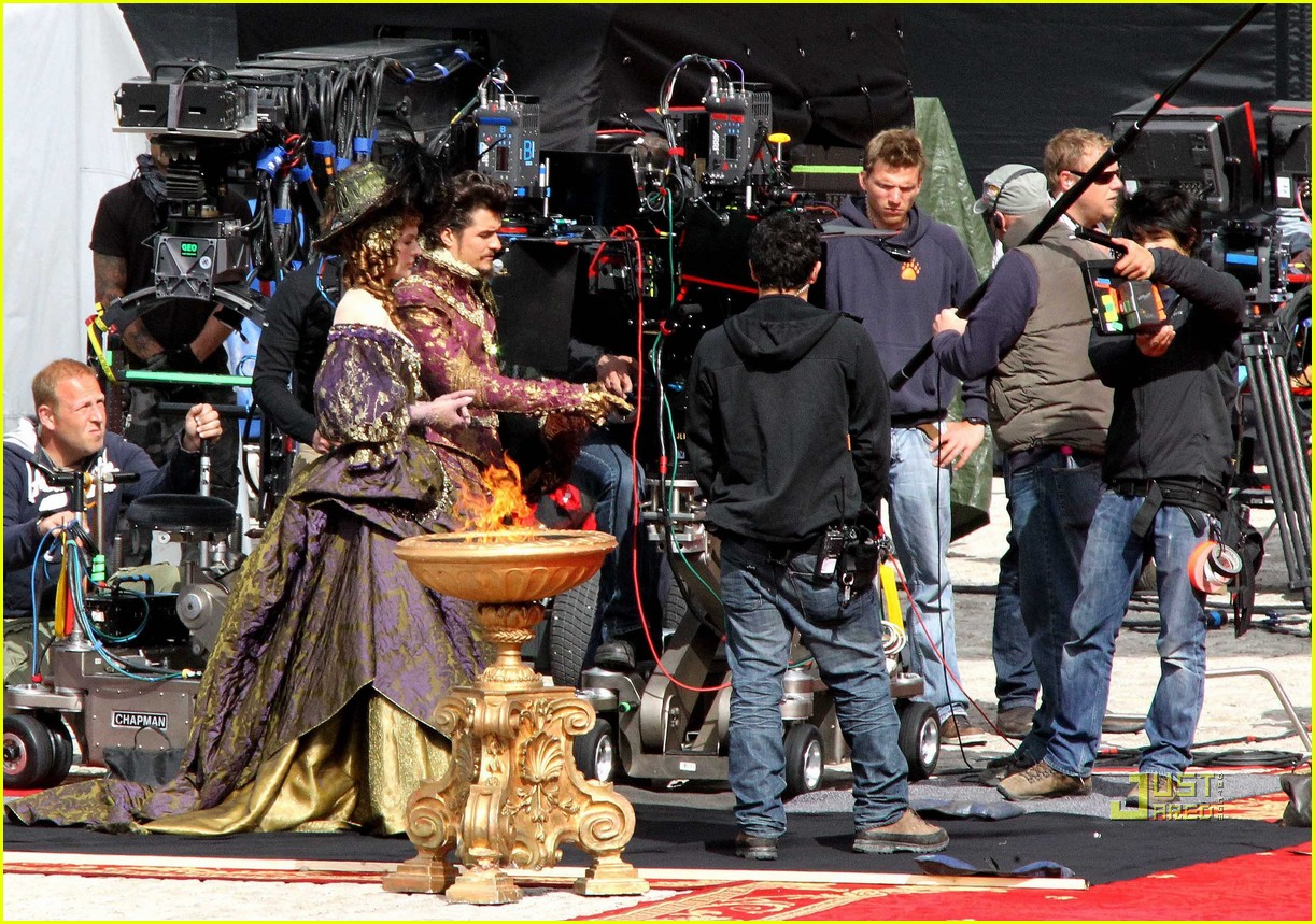 orlando bloom three musketeers 15