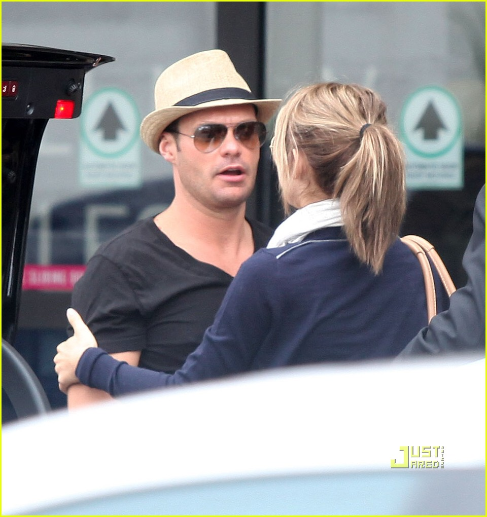 ryan seacrest julianne hough cabo 03