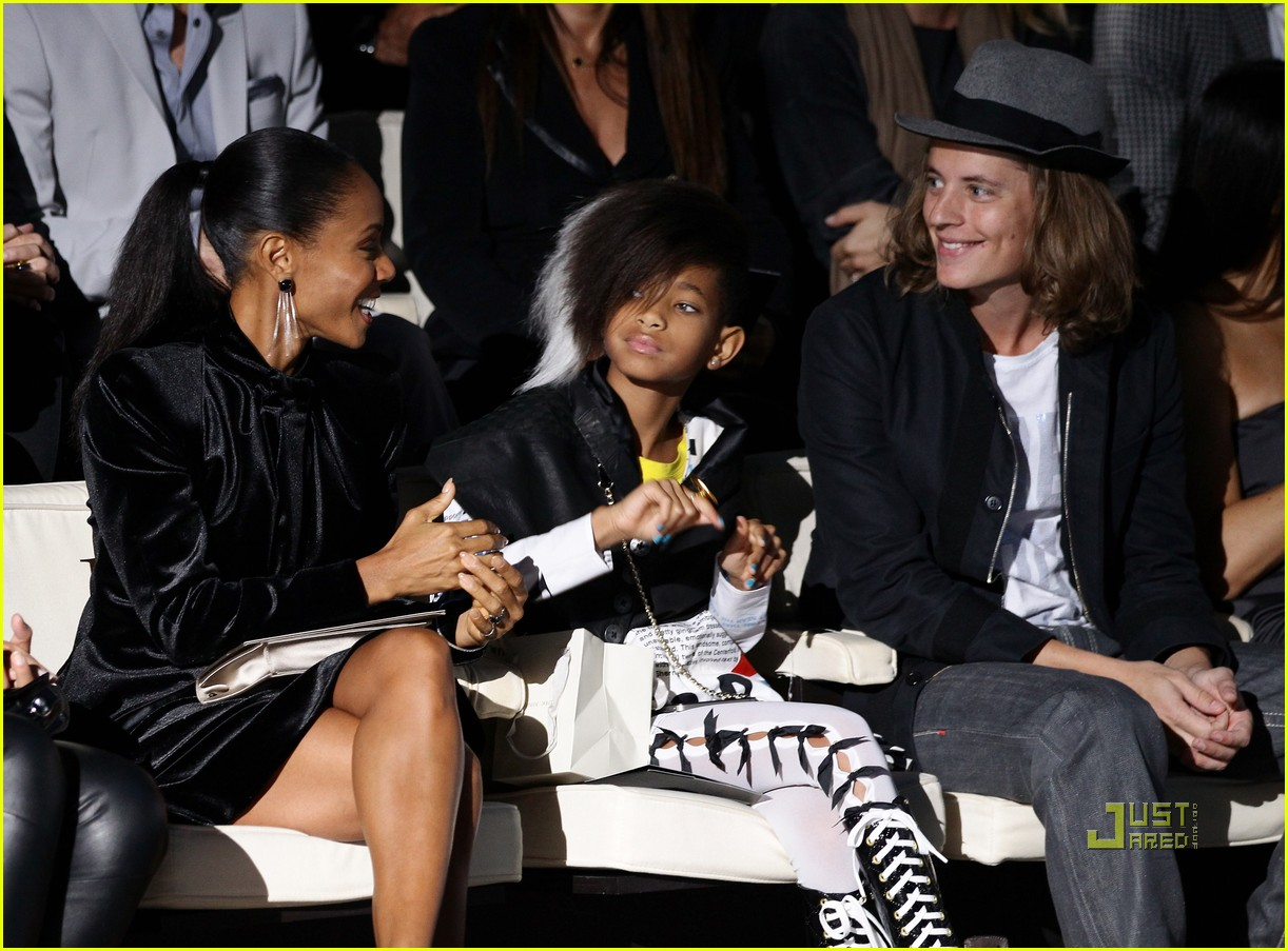 willow smith front row armani fashion show 13