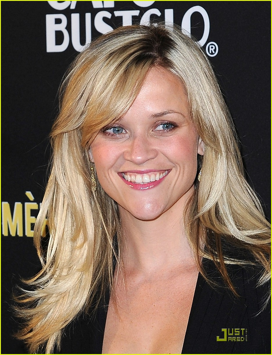 reese witherspoon livestrong foundation 07