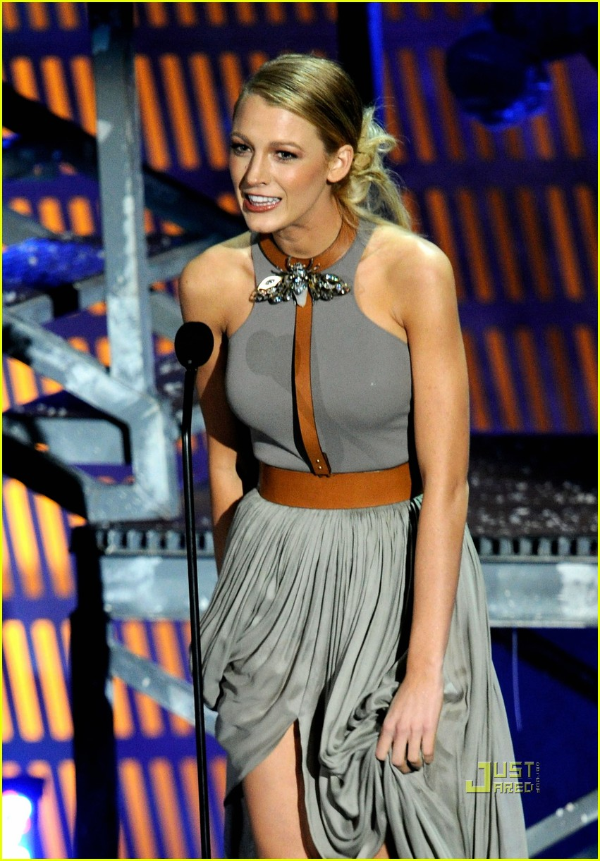 blake lively scream awards 15