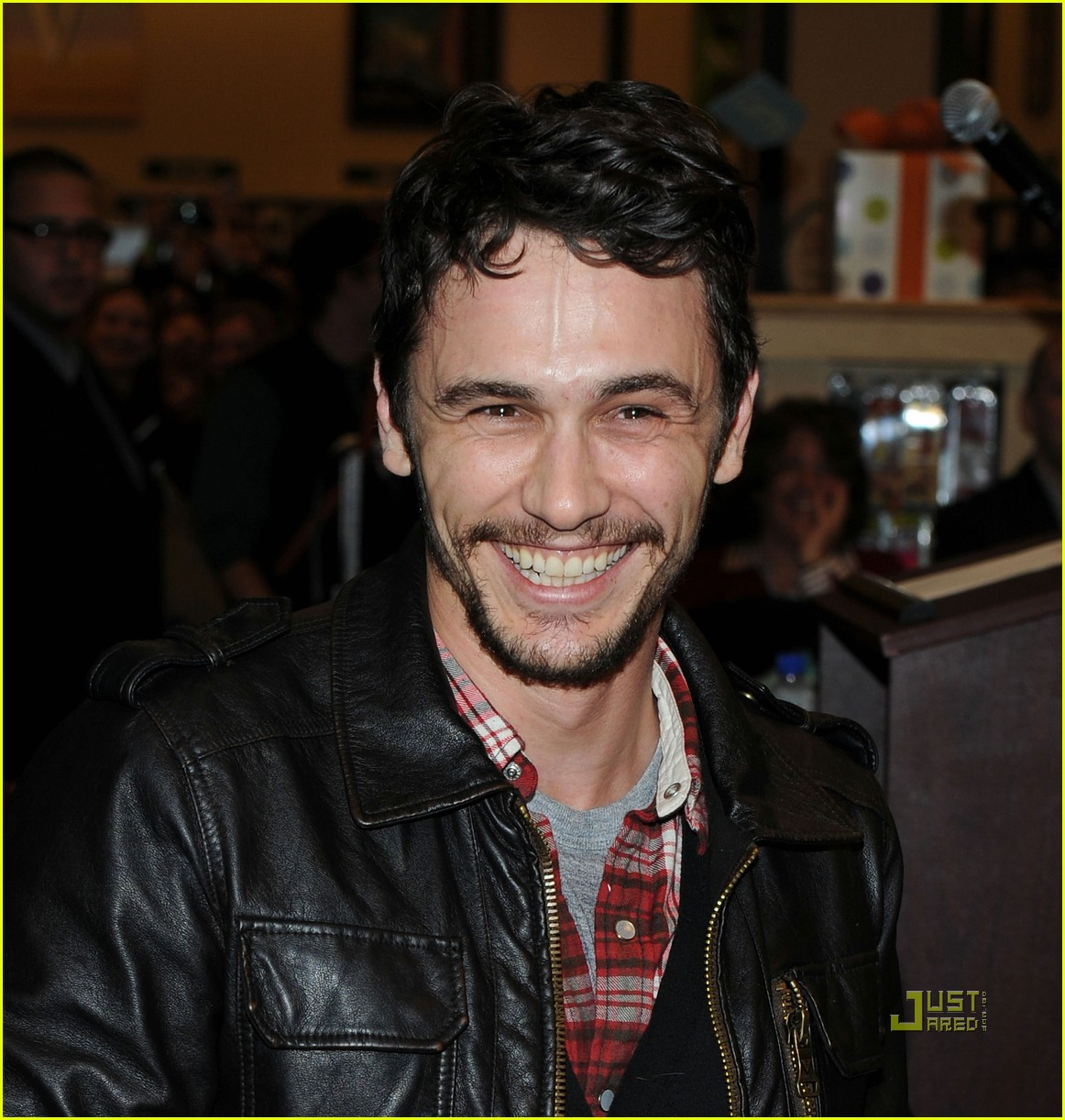 James Franco Palo Alto Signing In Nyc Photo 2489207 border=