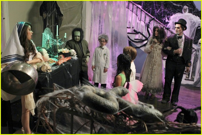 modern family halloween episode 14