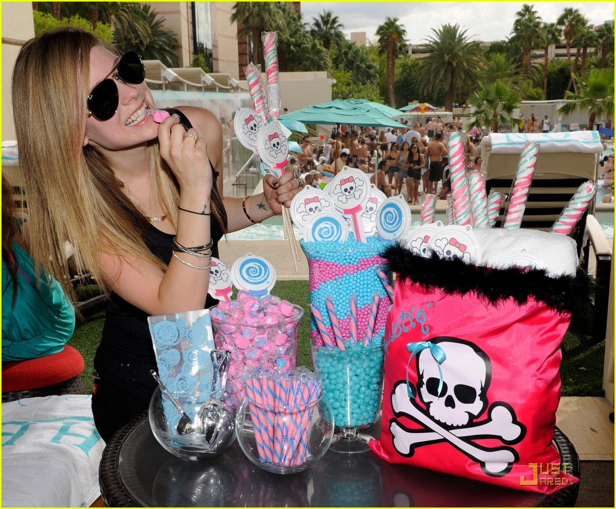 avril lavigne birthday 22