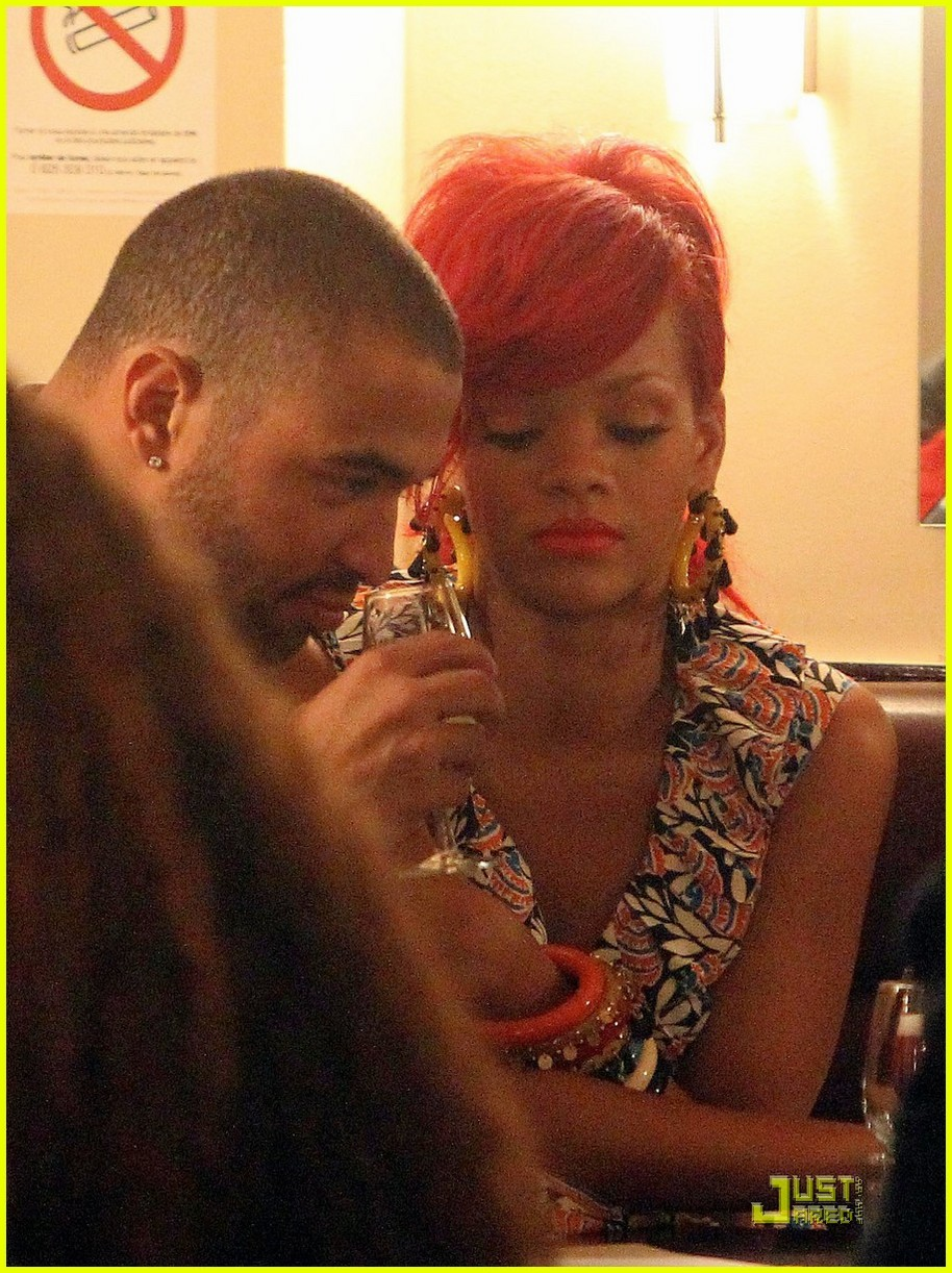 rihanna kemp paris dinner 04