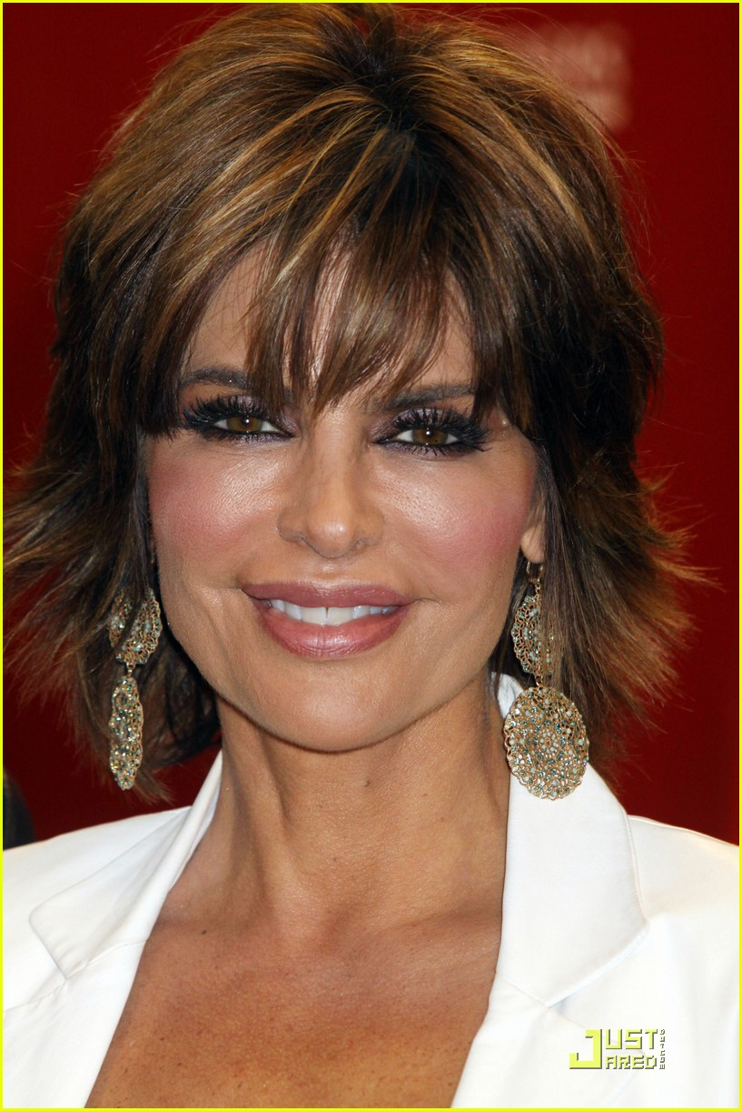 lisa rinna support starlit 04