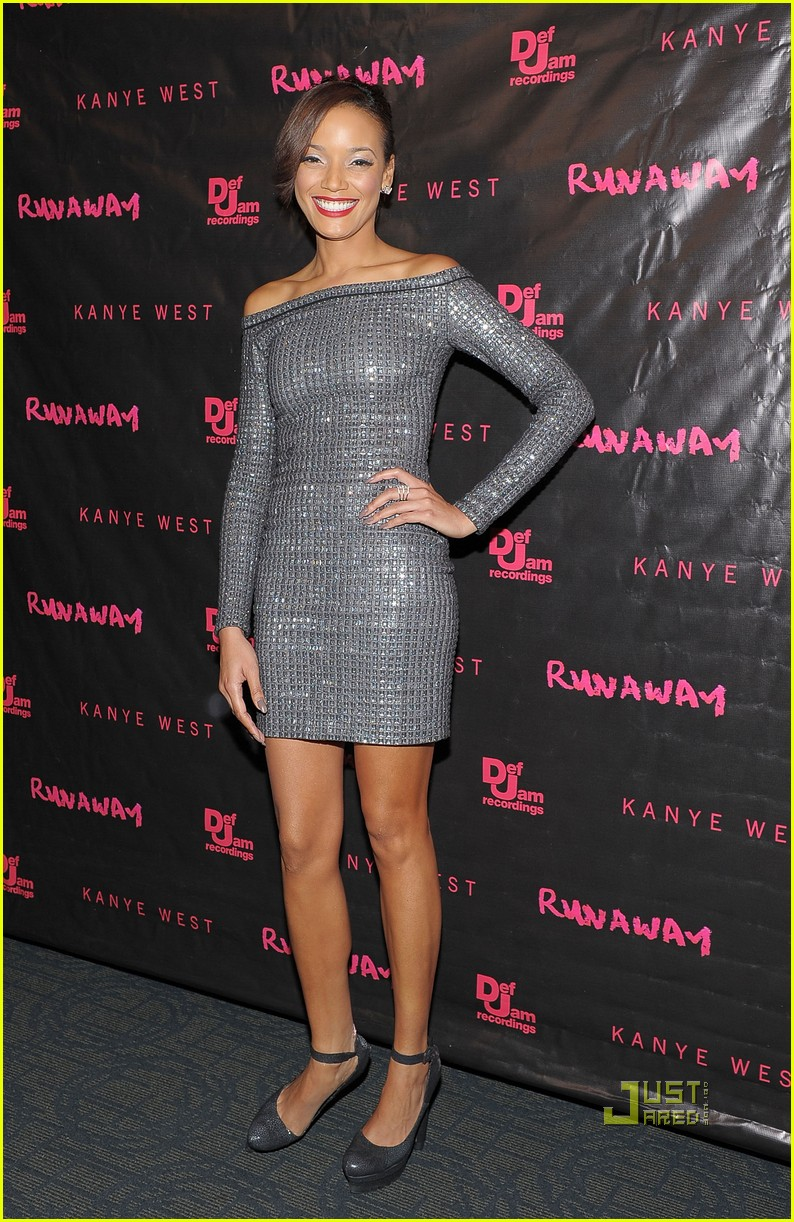 kanye west runaway premiere with selita ebanks 11