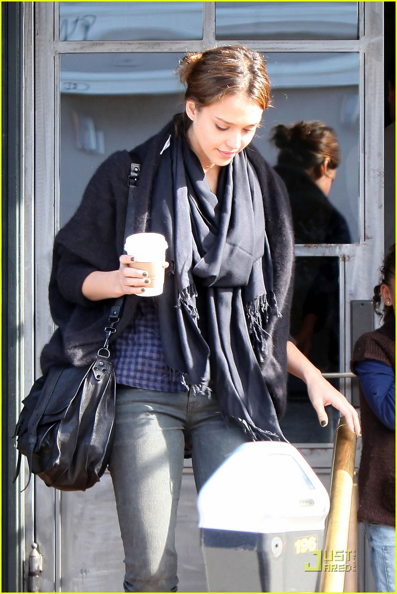 jessica alba cash warren tavern 09