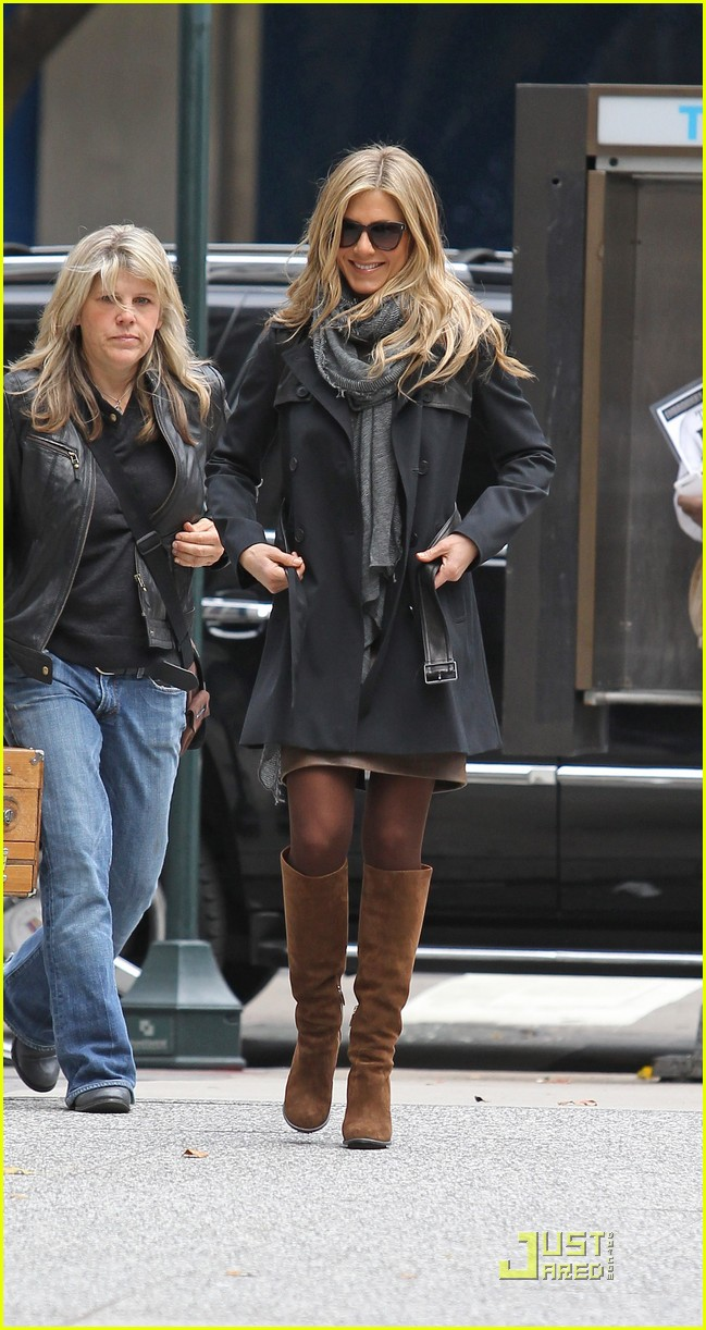jennifer aniston boots 10
