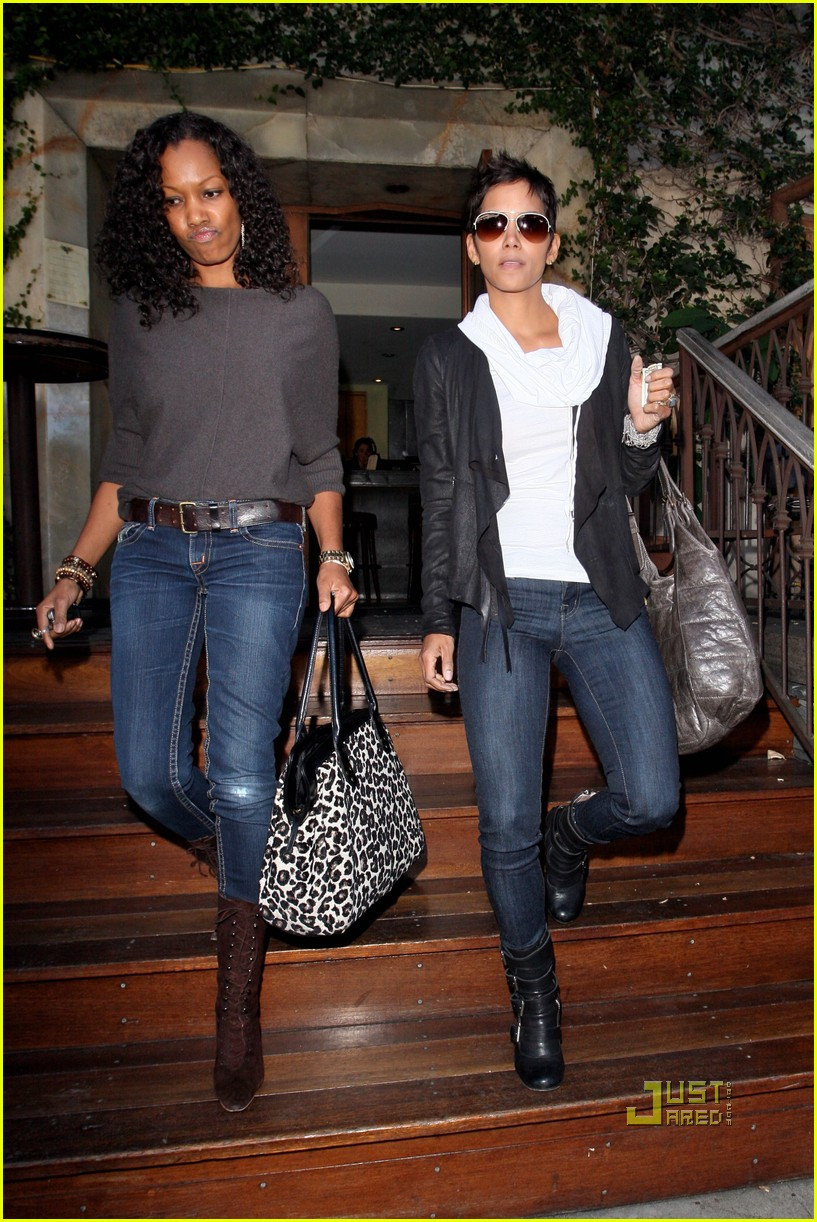Tonya Harding >> Halle Berry: Lunch with Garcelle Beauvais!: Photo 2494869 ...