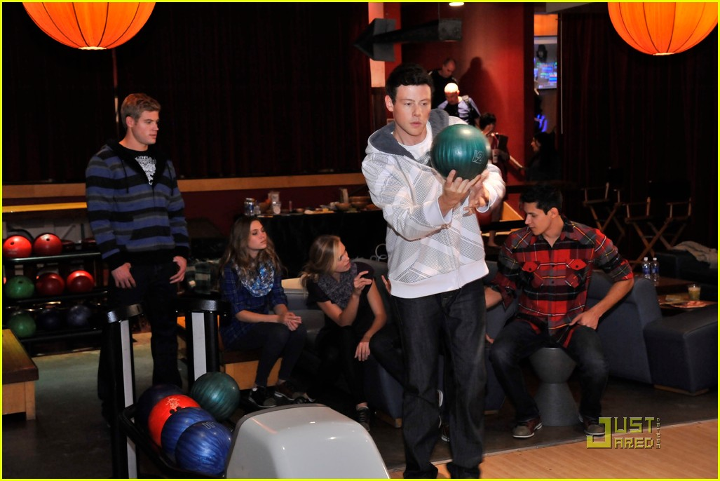 cory monteith bowling 09