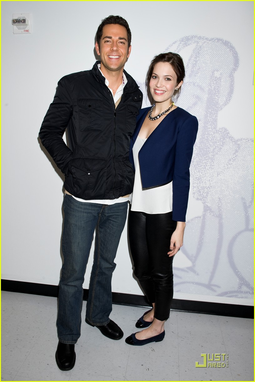 mandy moore zach levi just jared 08
