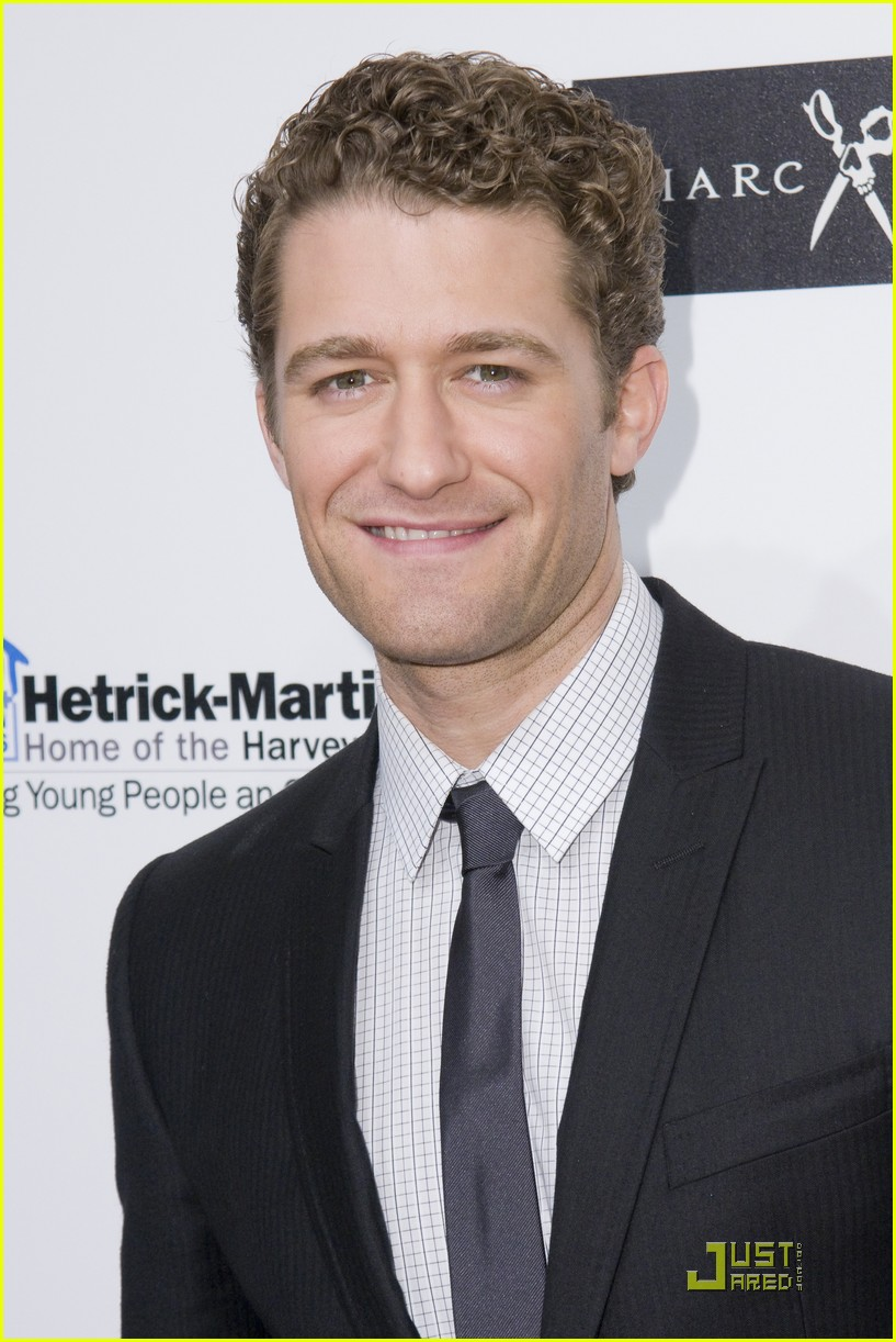 matthew morrison 2010 emery awards 03