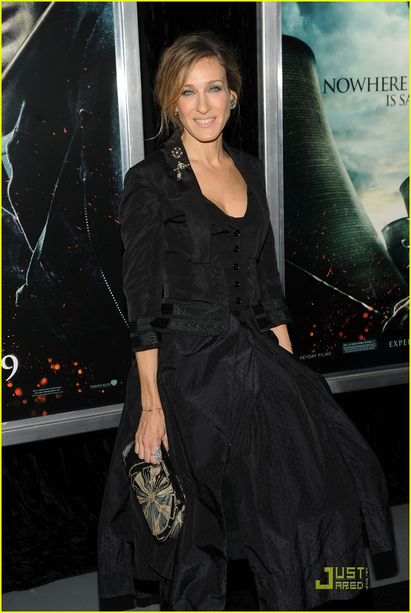 sarah jessica parker beauty in black 072496019