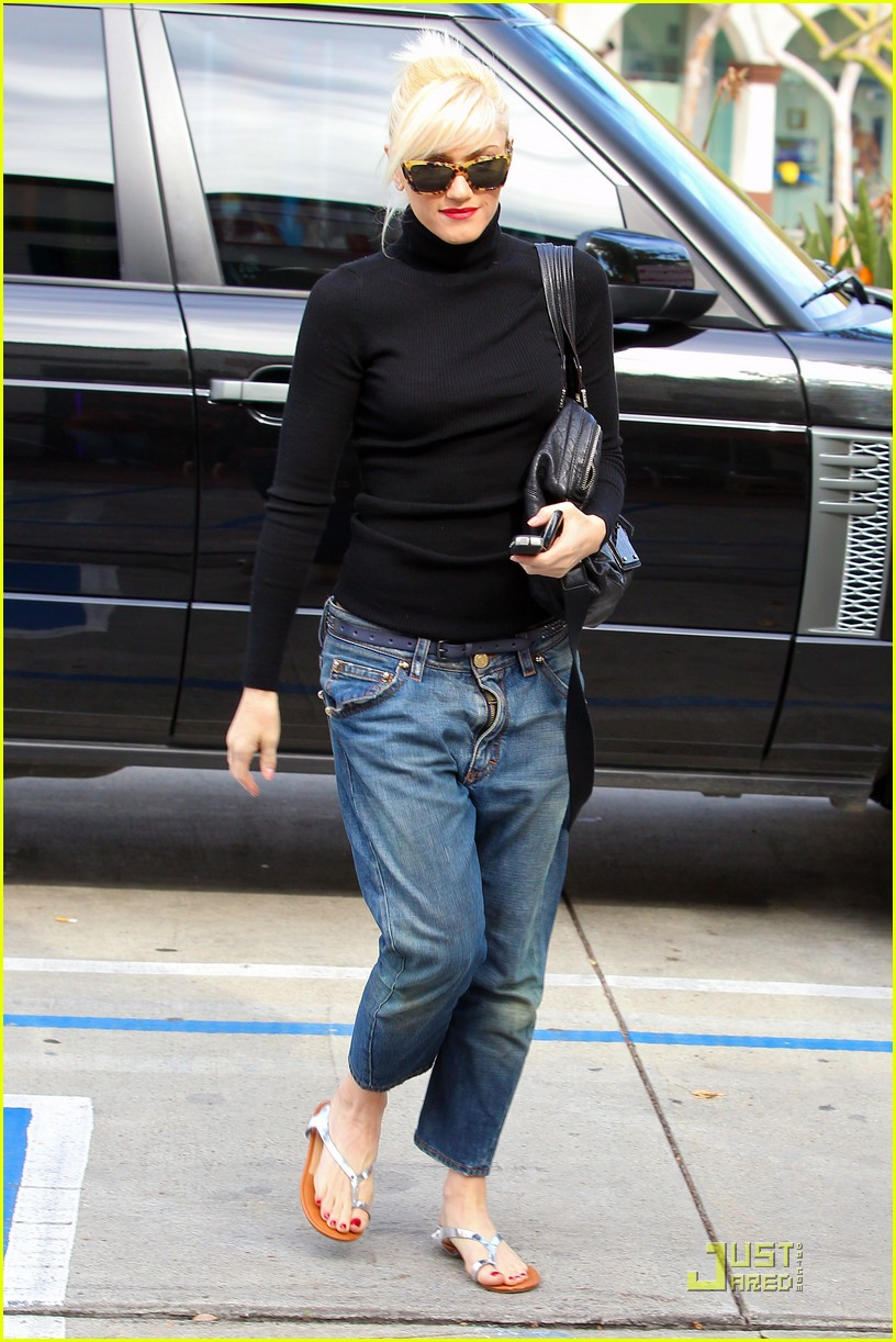 gwen stefani kingston manicure 07