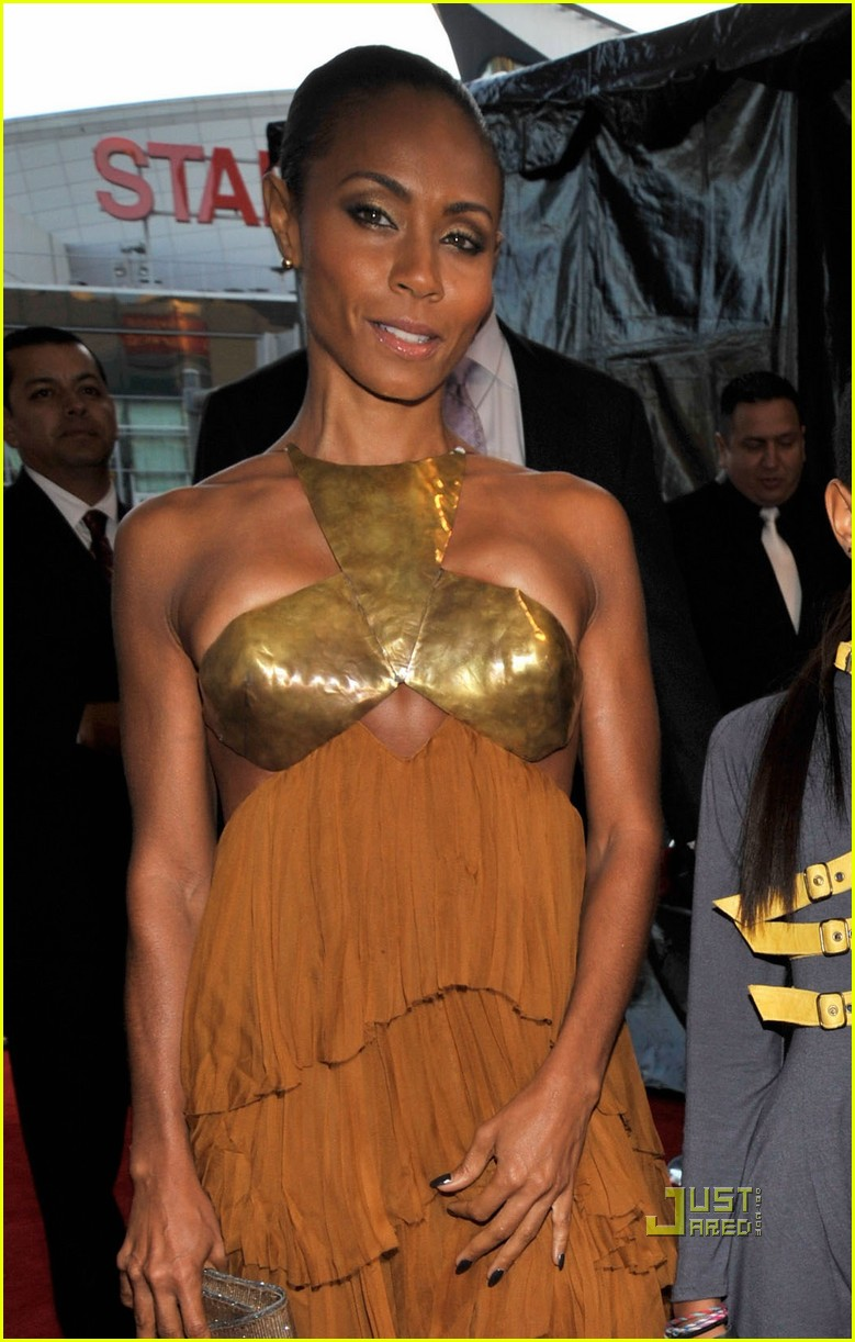 willow smith amas red carpet 2010 03