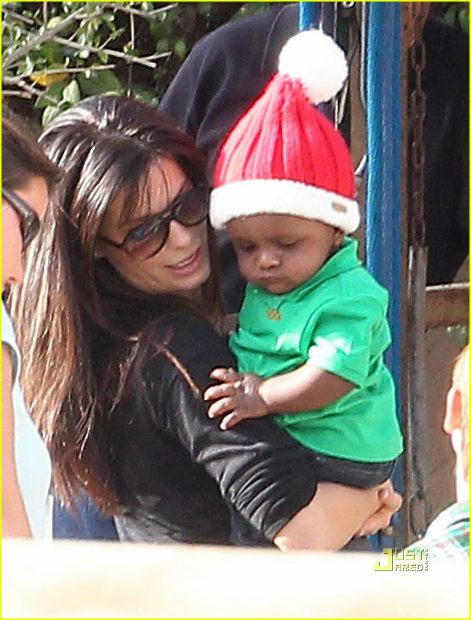 sandra bullock louis christmas party 062503029