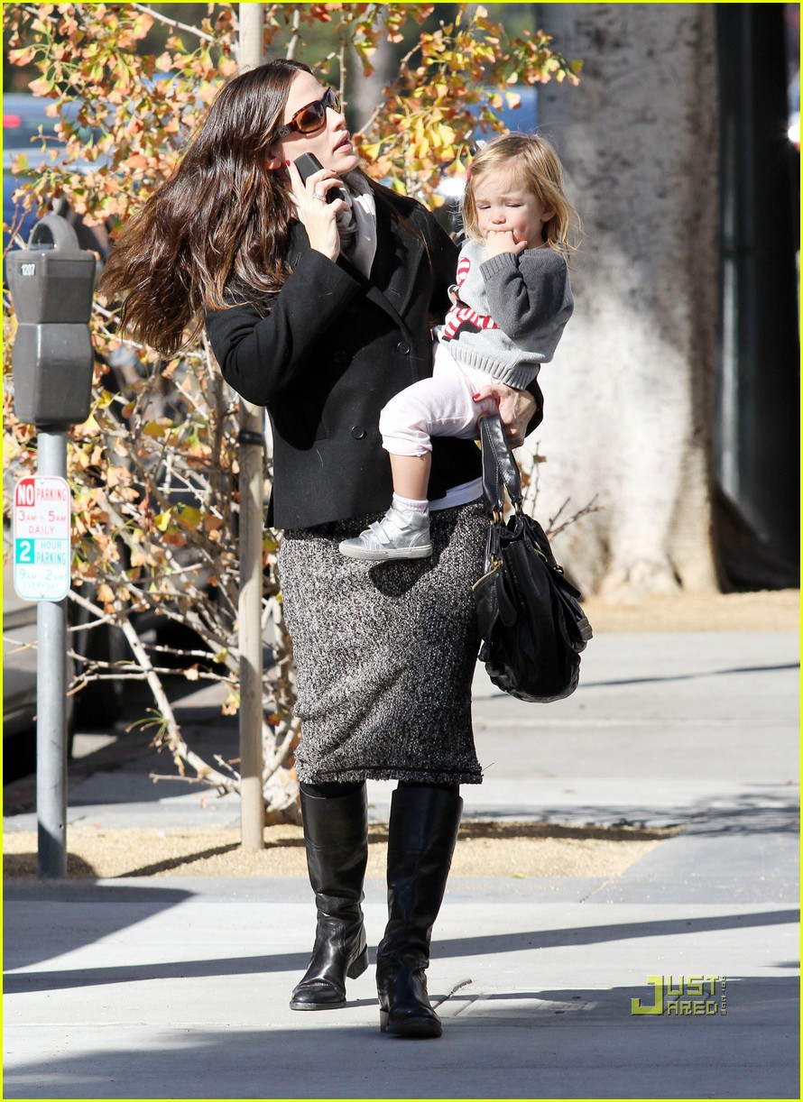 jennifer garner color me mine momma 132501823