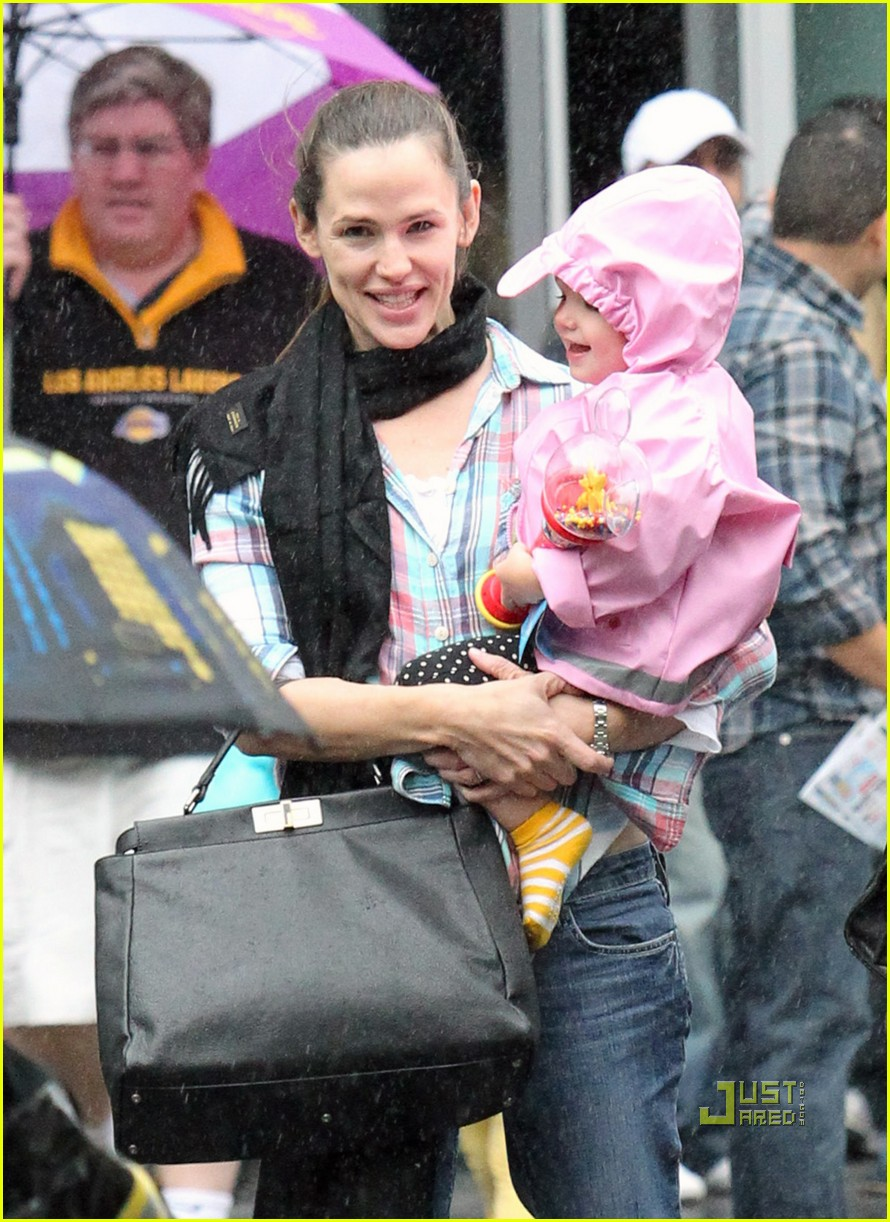 jennifer garner disney on ice 12