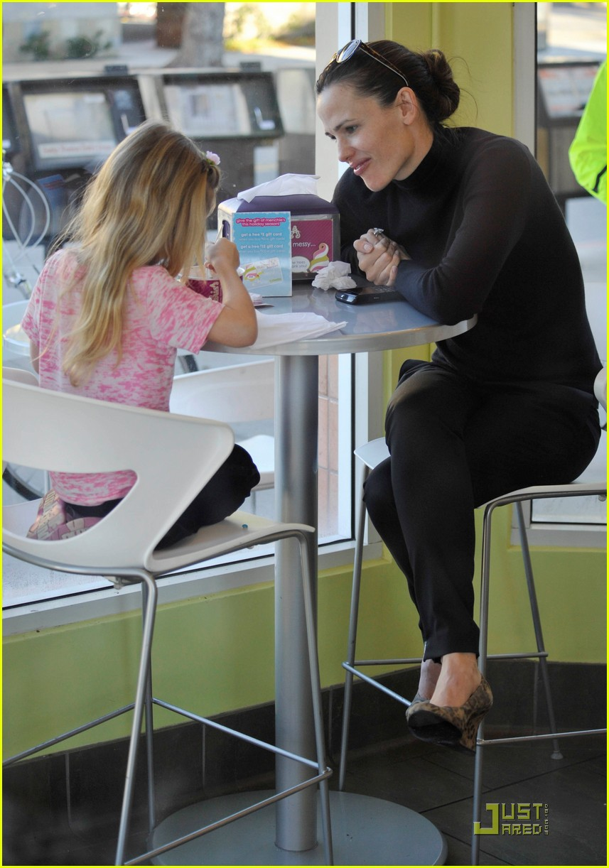 jennifer garner menchies 01