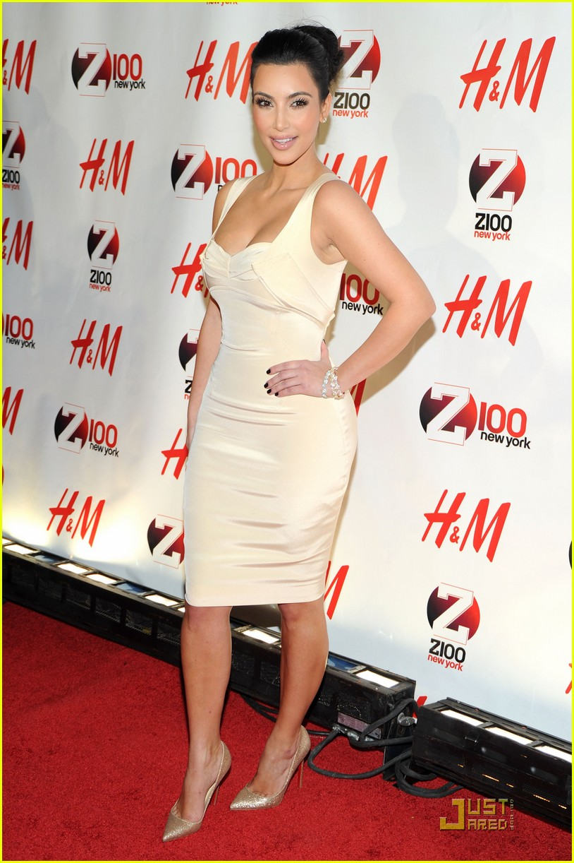 kim kardashian z100 jingle ball 2010 08