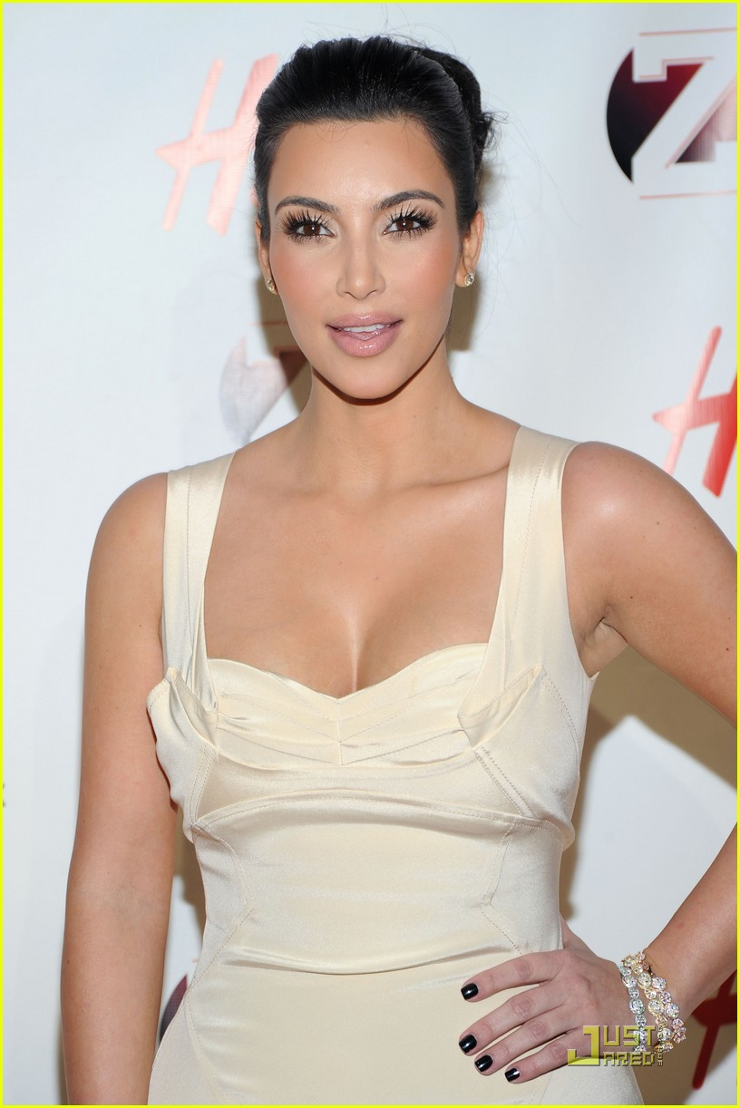 kim kardashian z100 jingle ball 2010 09