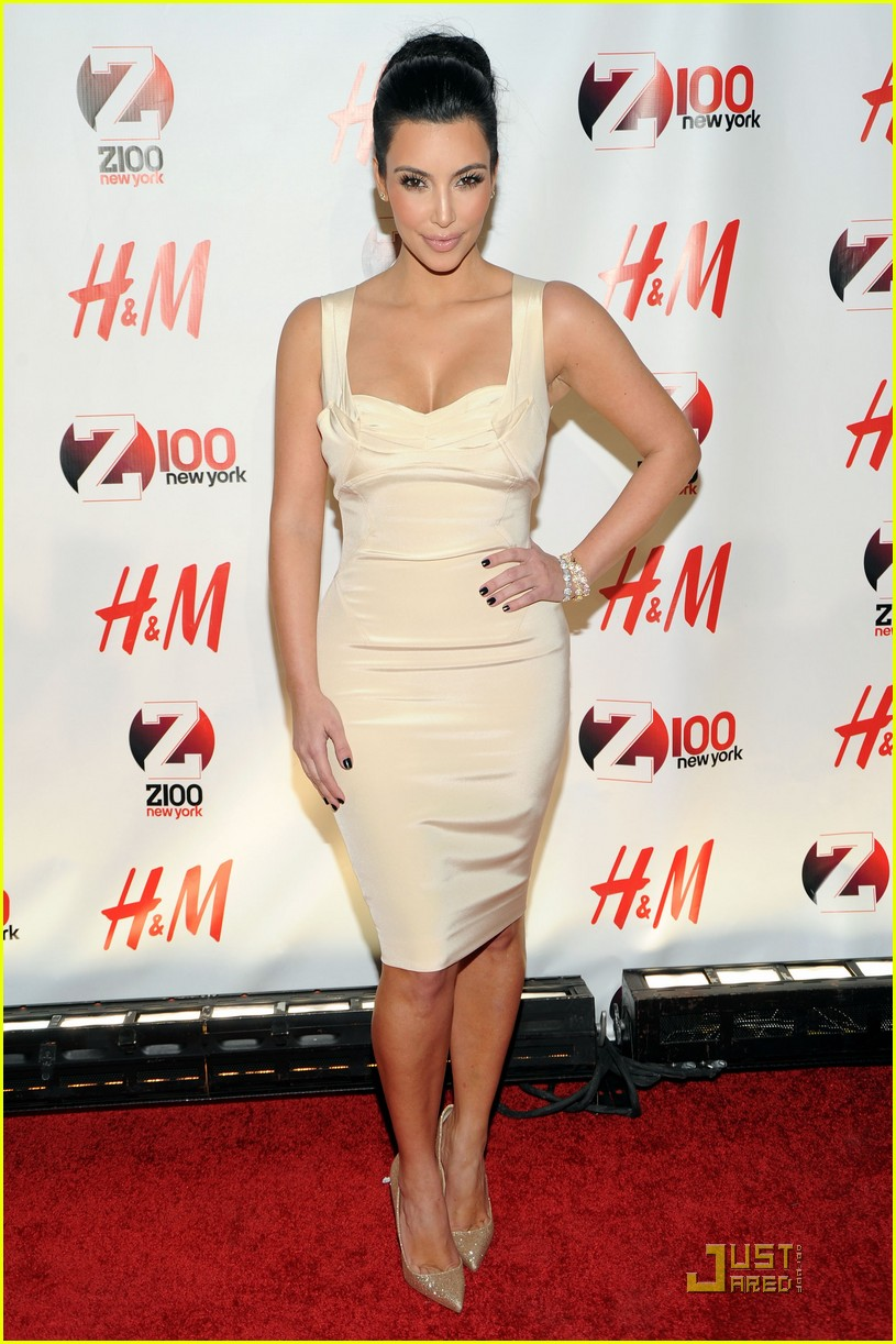 kim kardashian z100 jingle ball 2010 10