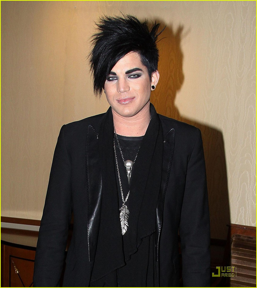 adam lambert spider man 03