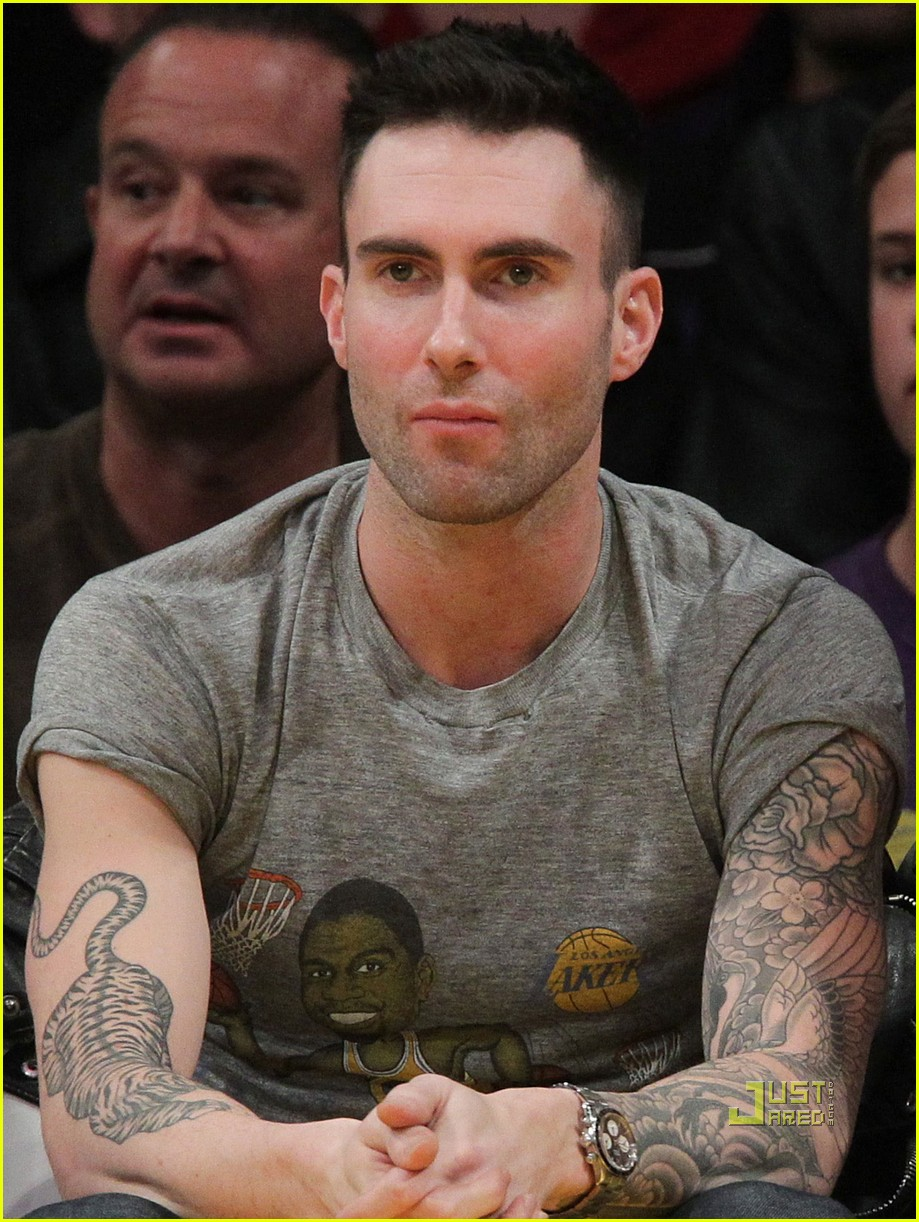 adam levine anne vyalitsyna lakers 022505635