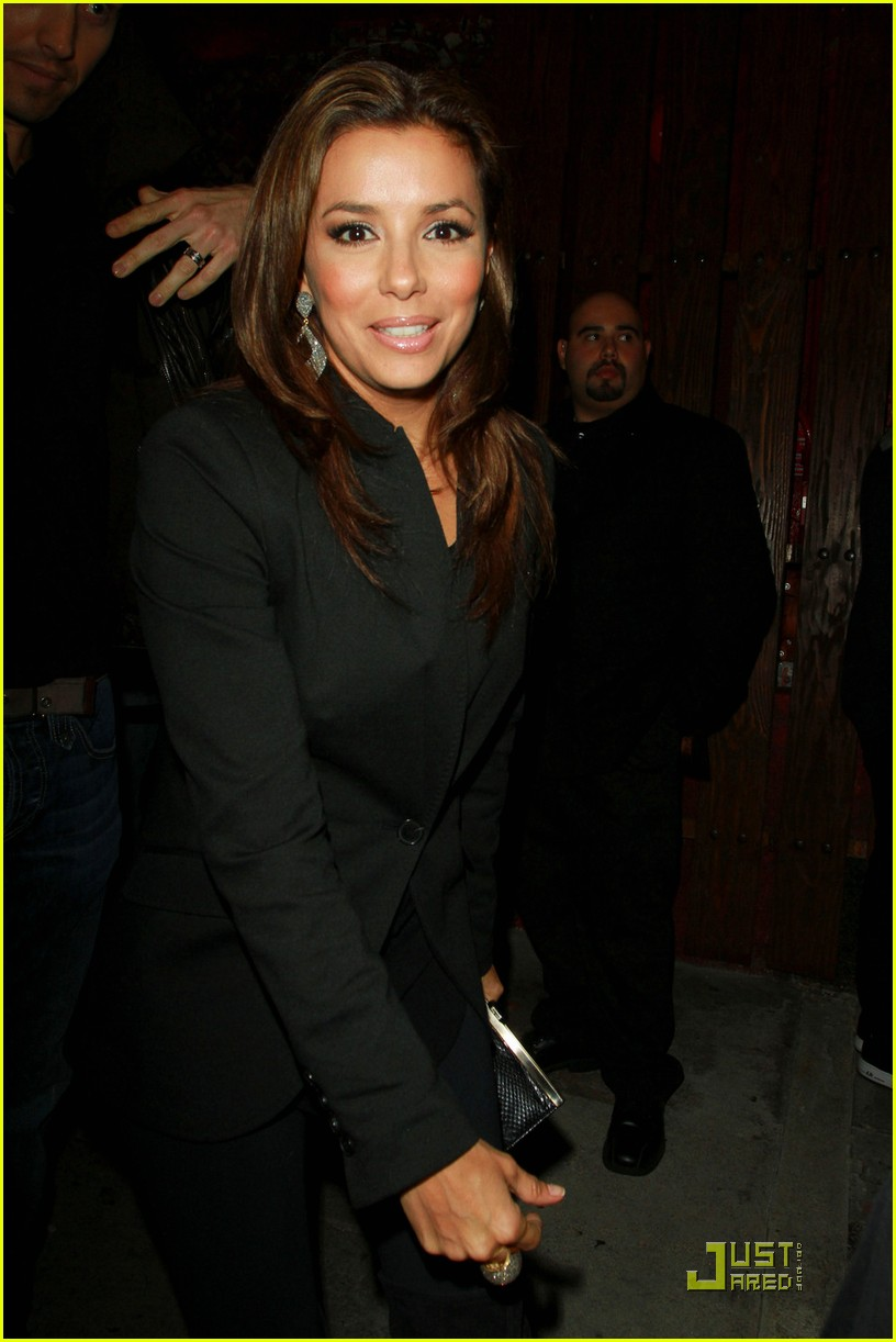 eva longoria safe with security 03
