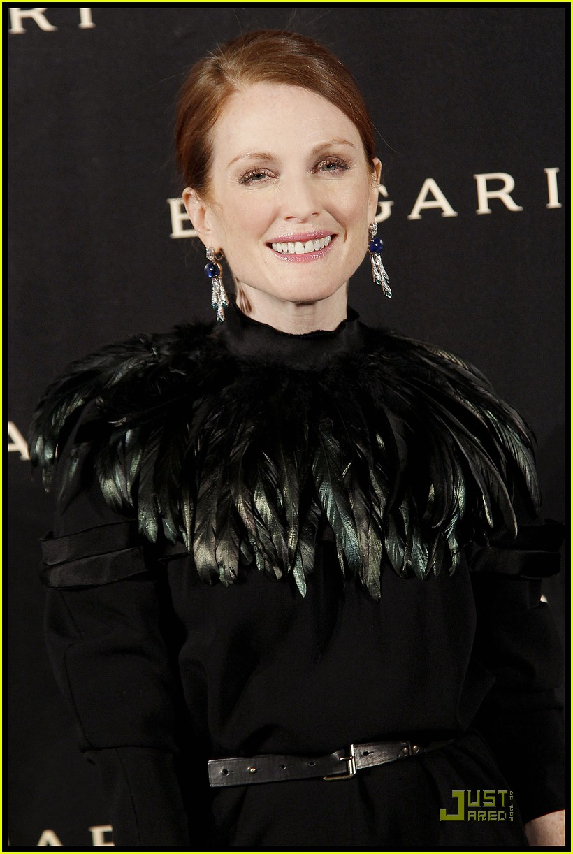 julianne moore bulgari 12