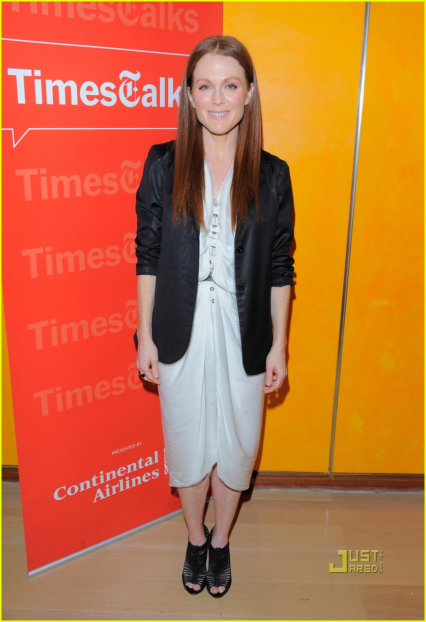 julianne moore new york times 042503925
