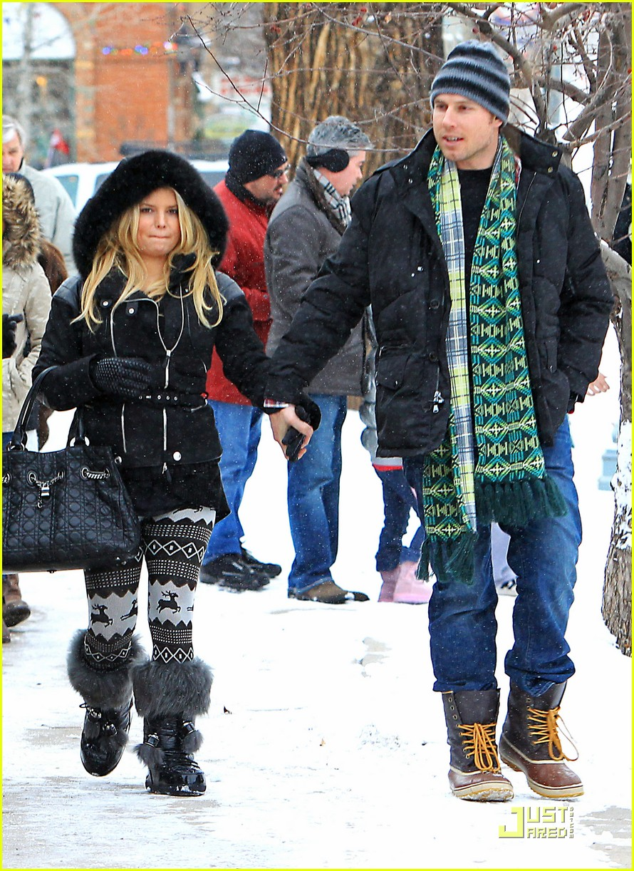 jessica simpson eric johnson snow 02