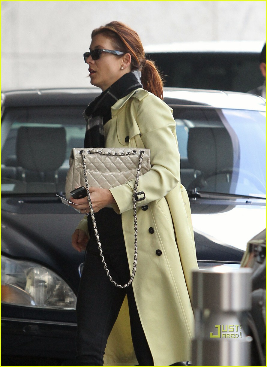 kate walsh office building 02