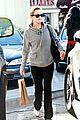 reese witherspoon hoodie yoga pants 08