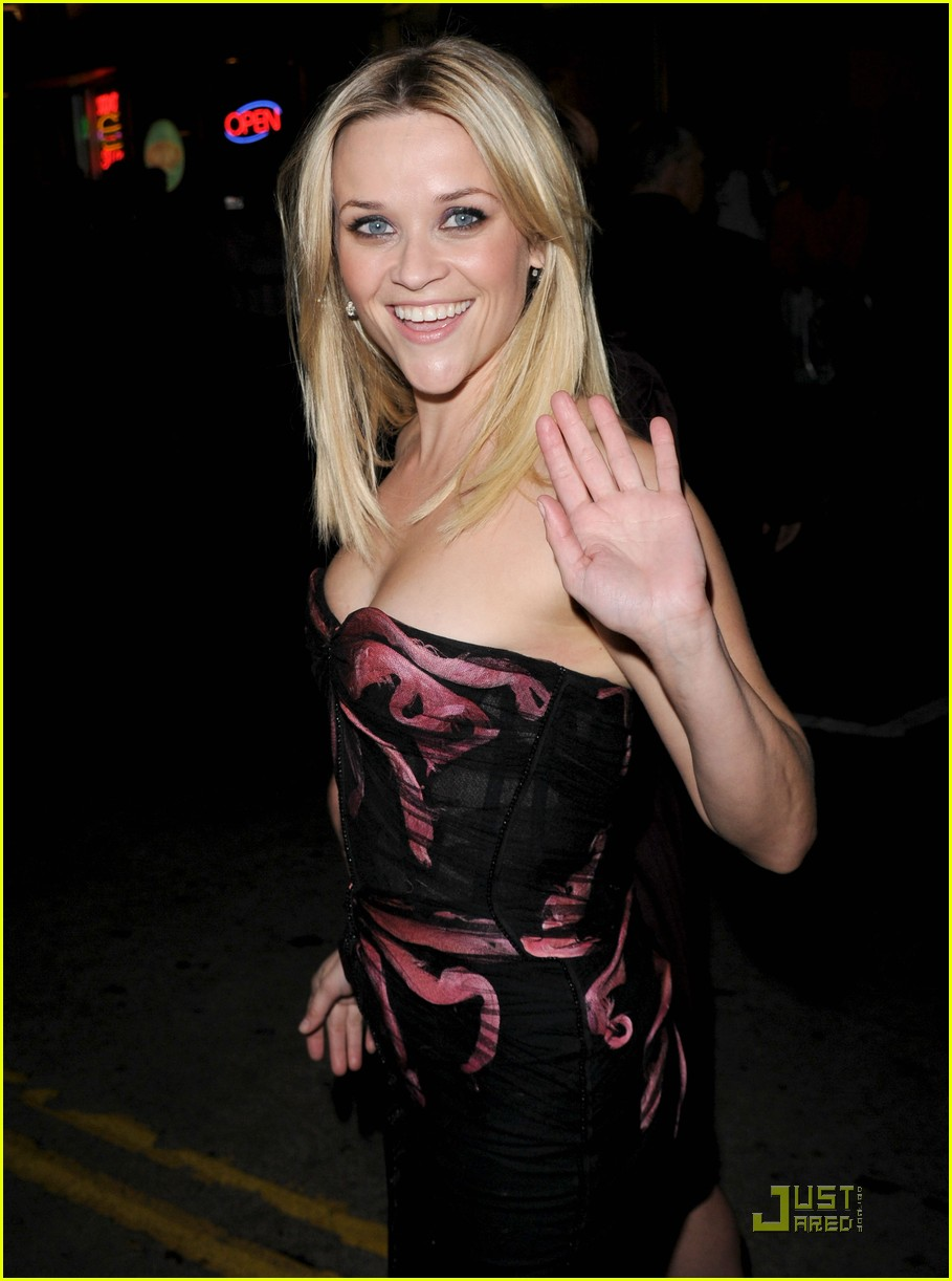 reese witherspoon how premiere 092503496