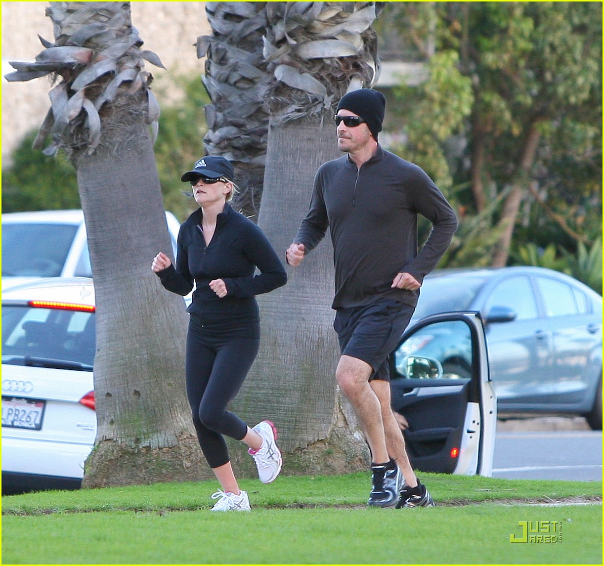 reese witherspoon jim toth jogging 14