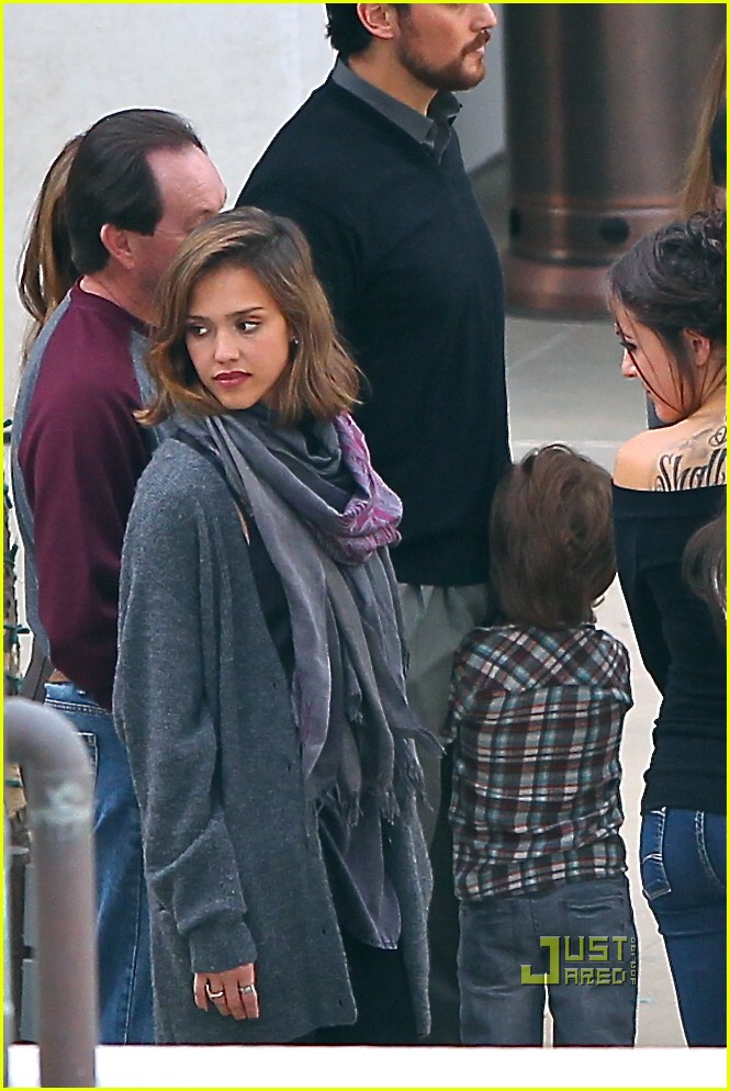 jessica alba parents renewing vows 15