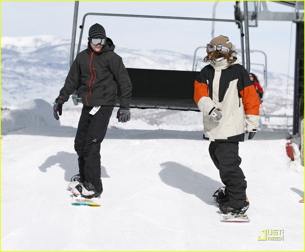 penn badgley snowboarding 10