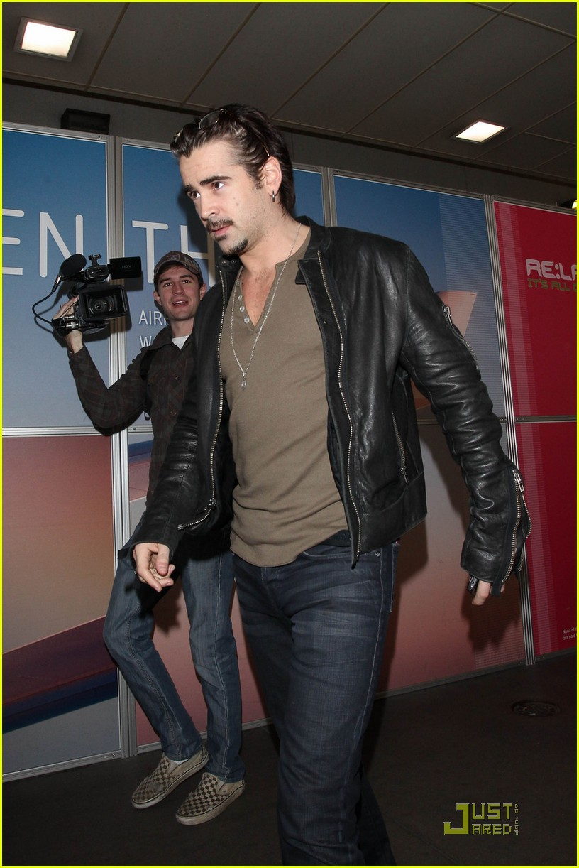 colin farrell arriving in los angeles 03