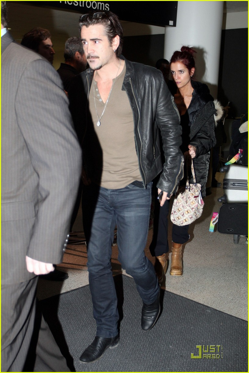 colin farrell arriving in los angeles 04