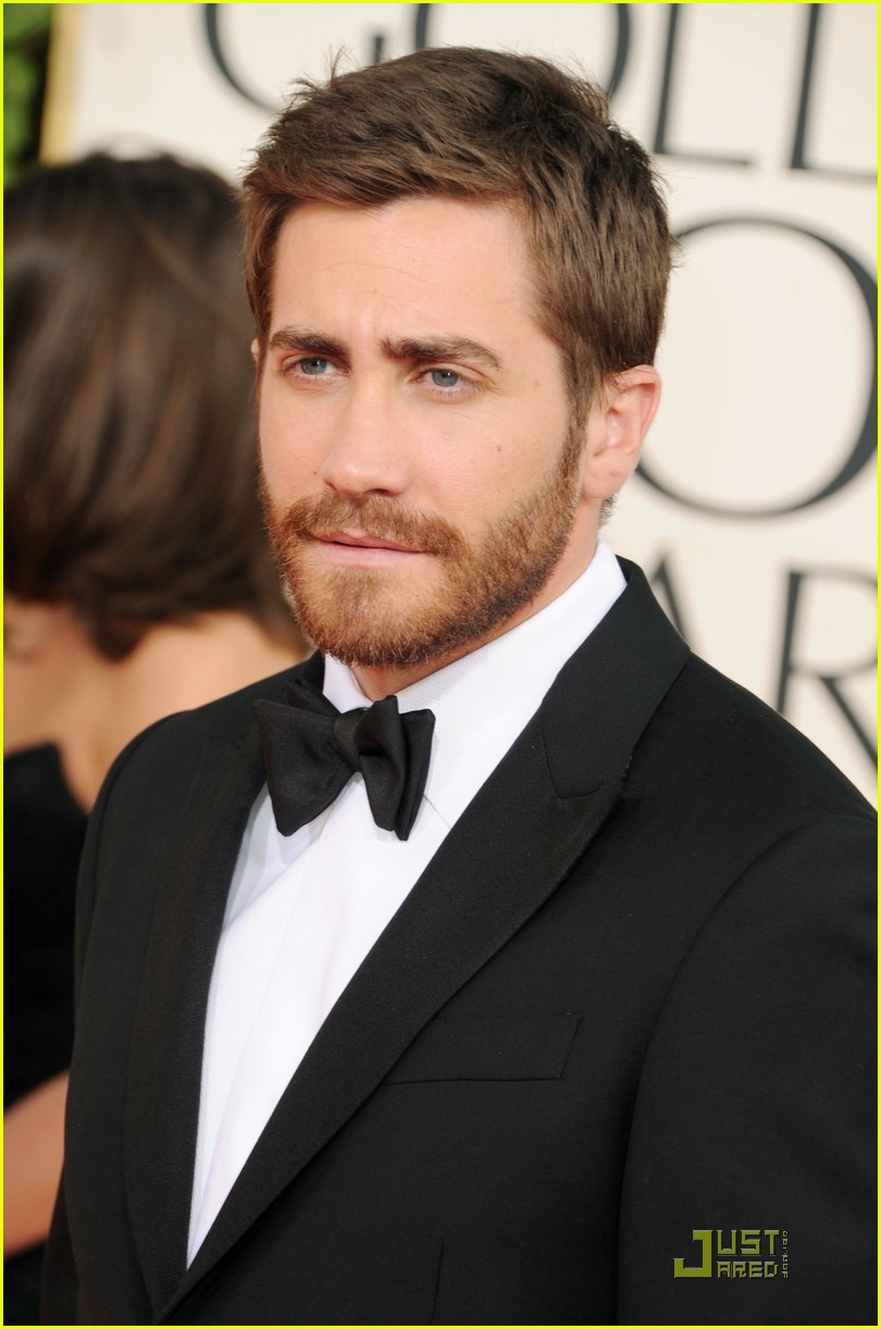 jake gyllenhaal golden globes 01
