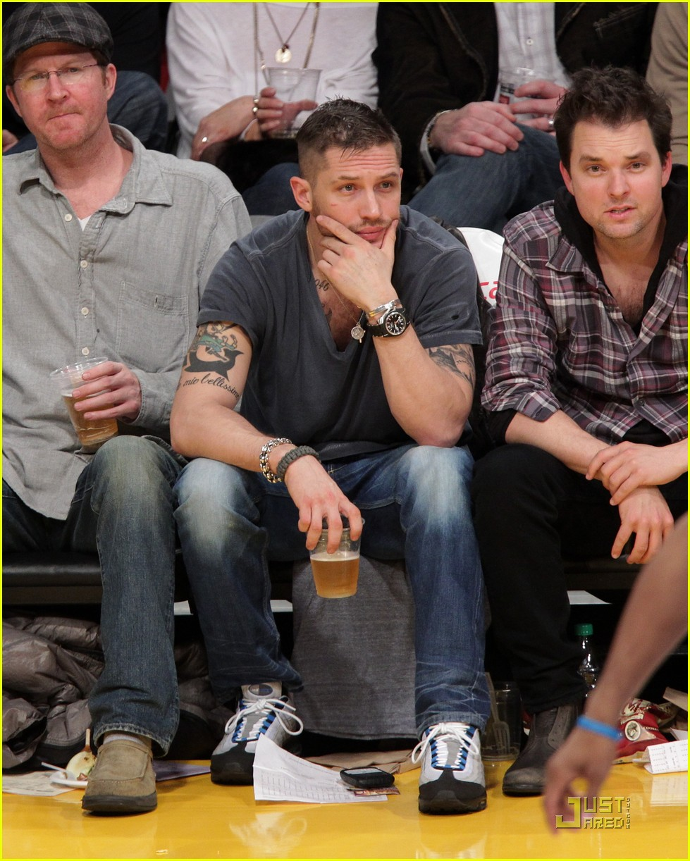 tom hardy lakers laughter 02