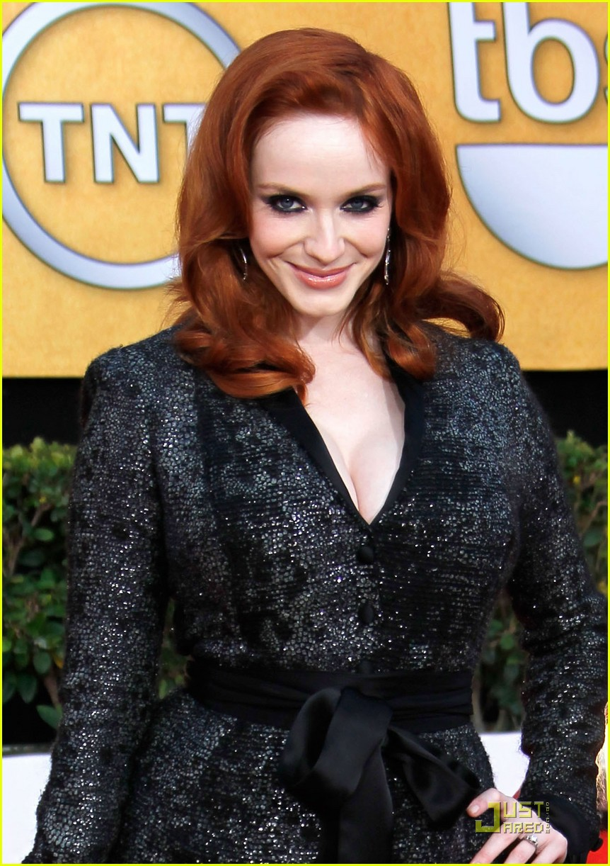 christina hendricks 2011 sag awards 01