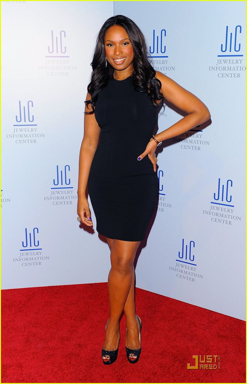 jennifer hudson gem awards with neil lane 09