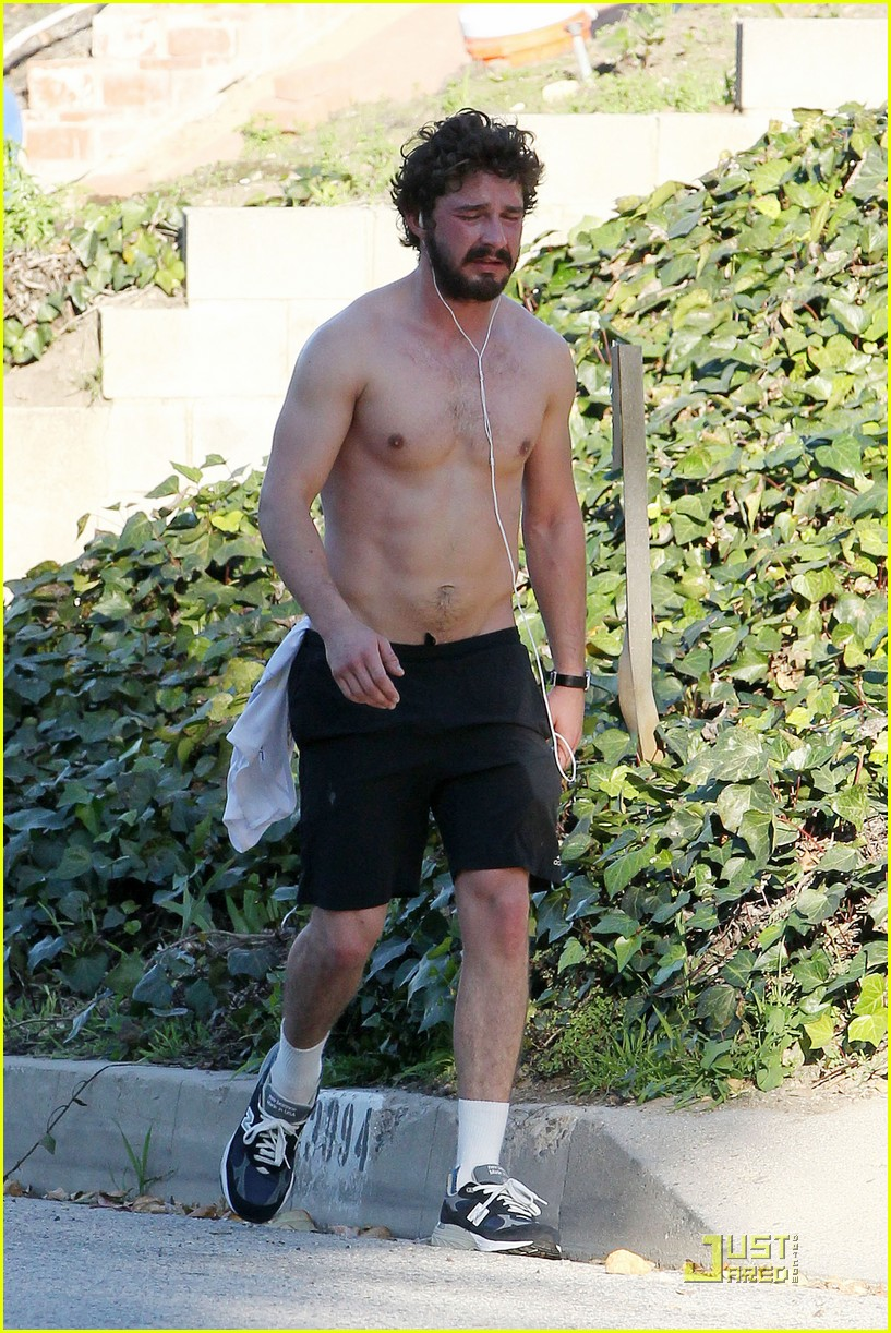 shia labeouf shirtless run 09